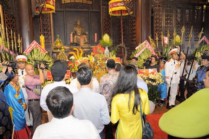 TP HCM tổ chức Lễ giỗ Đức Lễ Thành hầu Nguyễn Hữu Cảnh - Ảnh 2.