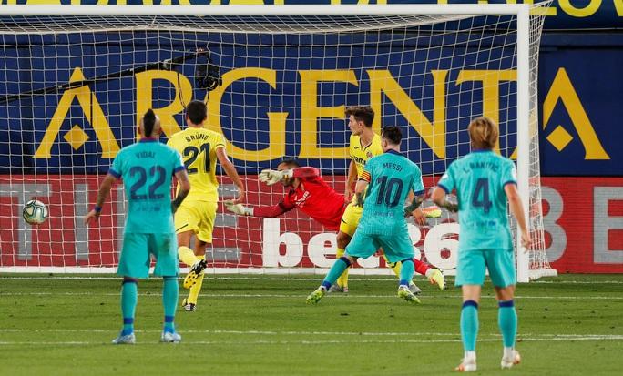 Nhấn chìm tàu ngầm vàng Villarreal, Barcelona quyết đua vô địch - Ảnh 6.