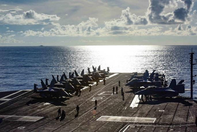 Mỹ tập trận rầm rộ ở biển Đông, gửi cảnh báo đến Trung Quốc - Ảnh 3.