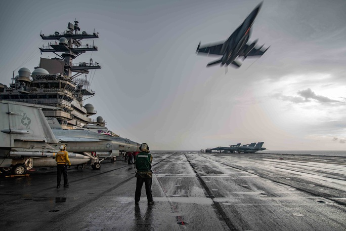 Mỹ tập trận rầm rộ ở biển Đông, gửi cảnh báo đến Trung Quốc - Ảnh 8.