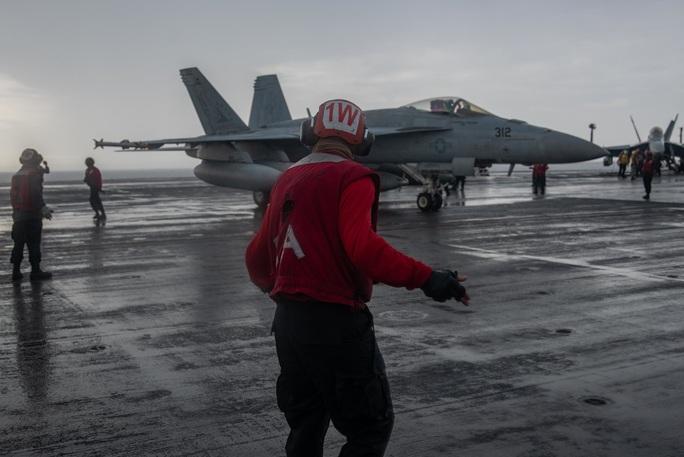 Mỹ tập trận rầm rộ ở biển Đông, gửi cảnh báo đến Trung Quốc - Ảnh 9.