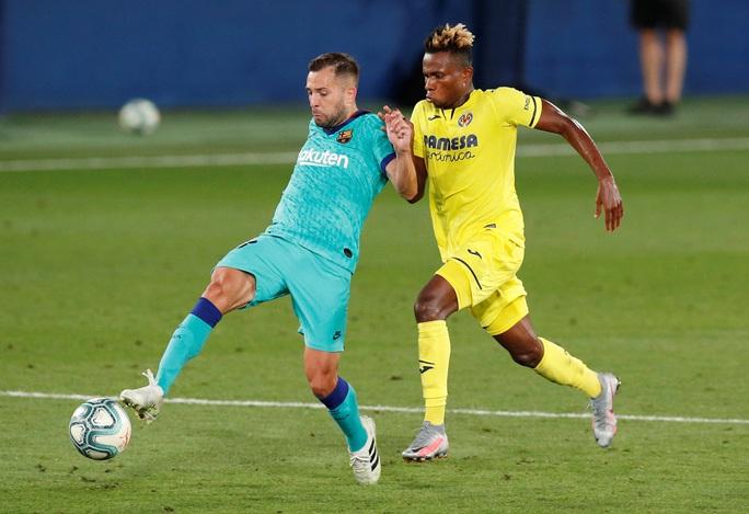 Nhấn chìm tàu ngầm vàng Villarreal, Barcelona quyết đua vô địch - Ảnh 1.