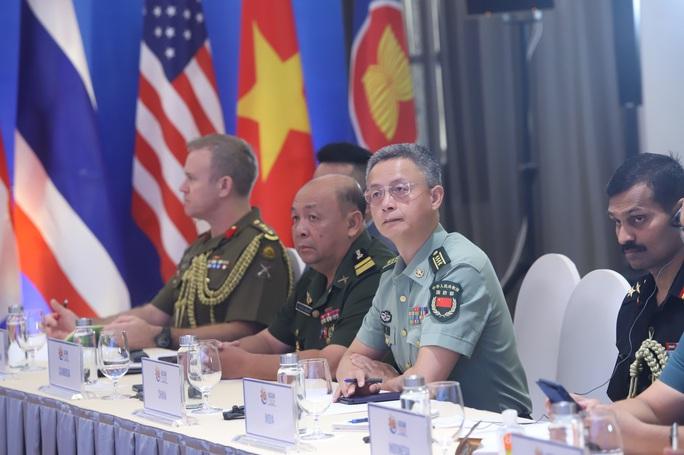 Đại tướng Ngô Xuân Lịch phát biểu tại Hội nghị Quan chức quốc phòng cấp cao ASEAN - Ảnh 4.