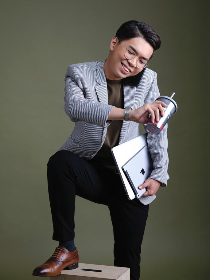 Diễn viên hài Minh Dự trợ giảng ở Trường Đại học Văn Hiến - Ảnh 2.