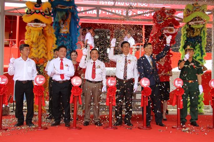 Đưa tàu 2 thân lớn nhất Việt Nam khai thác tuyến Cà Mau – Nam Du – Phú Quốc - Ảnh 2.