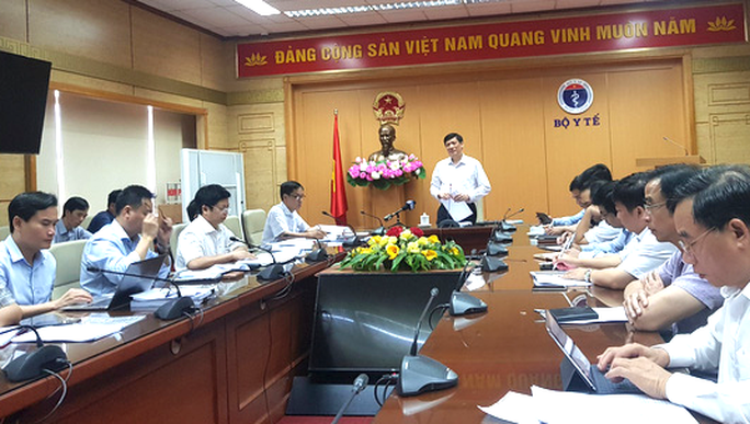 Quyền Bộ trưởng Y tế Nguyễn Thanh Long chủ trì họp khẩn về bệnh bạch hầu - Ảnh 1.