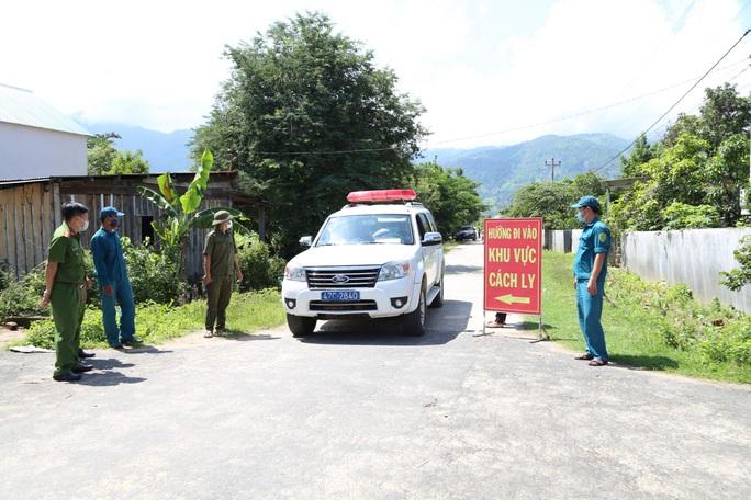 Lập chốt chặn, cách ly gần 700 hộ dân TP Buôn Ma Thuột vì bạch hầu - Ảnh 1.