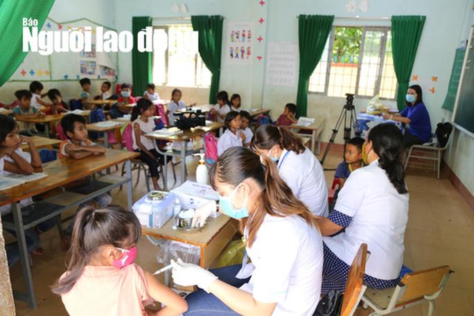 Hình ảnh bên trong tâm dịch bạch hầu ở Đắk Lắk - Ảnh 7.