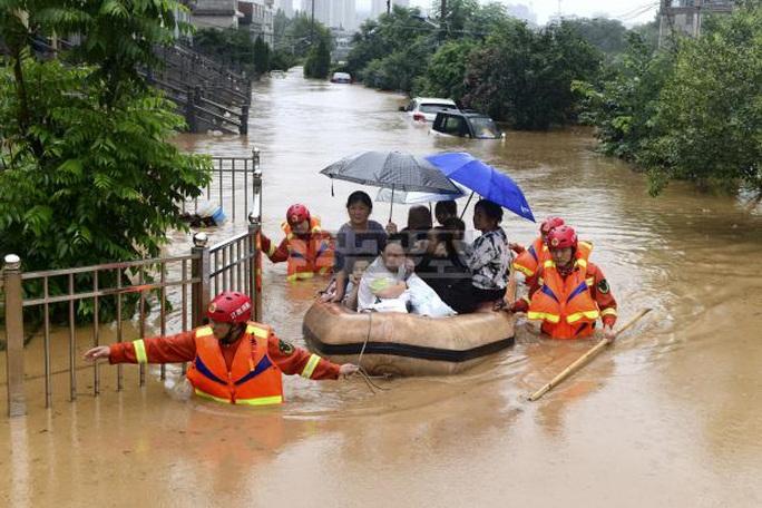 Ban quản lý đập Tam Hiệp lên tiếng sau đợt lũ trên sông Dương Tử - Ảnh 2.