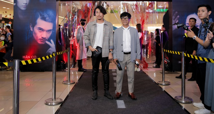 Sao Việt hội tụ thảm đỏ ra mắt phim Bằng chứng vô hình - Ảnh 14.