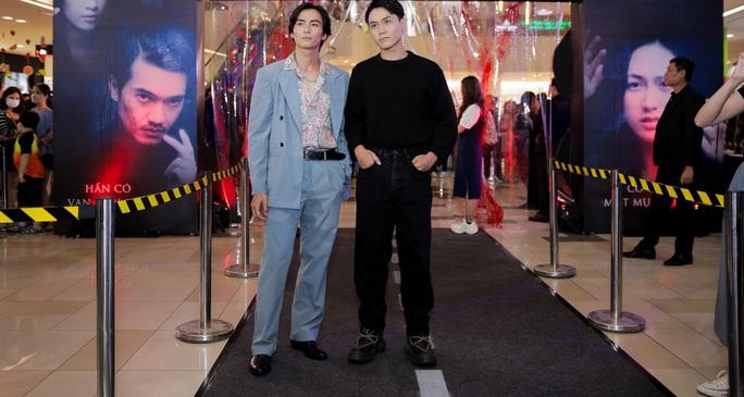 Sao Việt hội tụ thảm đỏ ra mắt phim Bằng chứng vô hình - Ảnh 15.