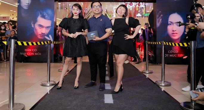 Sao Việt hội tụ thảm đỏ ra mắt phim Bằng chứng vô hình - Ảnh 16.