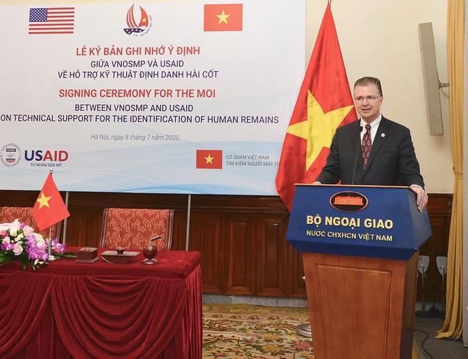 Mỹ hỗ trợ Việt Nam phân tích ADN xác định danh tính quân nhân - Ảnh 4.