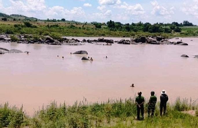 Nhà máy thủy điện nói gì về trường hợp đánh cá chết đuối ở hạ lưu sông Ba? - Ảnh 1.