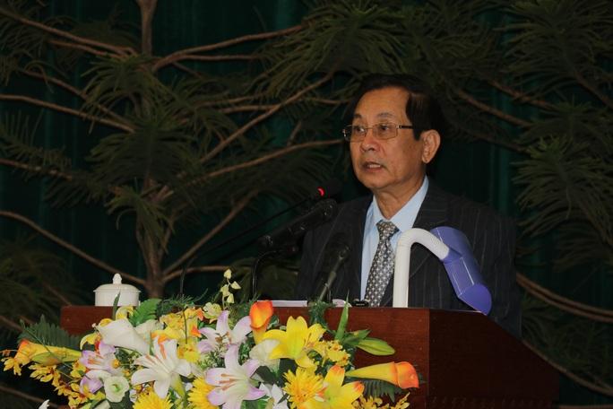 Chủ tịch HĐND tỉnh Phú Yên Huỳnh Tấn Việt xin thôi chức, vắng mặt kỳ họp HĐND - Ảnh 2.
