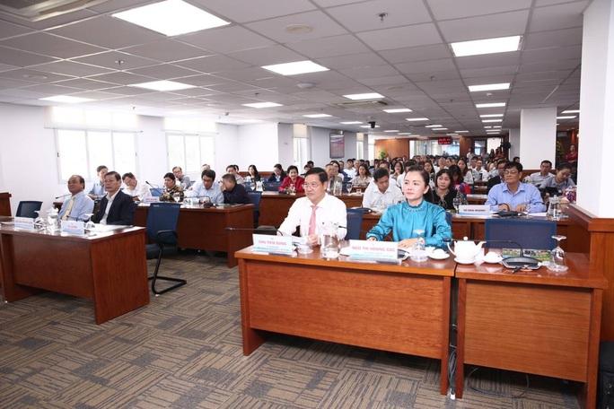 TP HCM tôn vinh  doanh nghiệp  vượt khó, làm ăn hiệu quả - Ảnh 1.