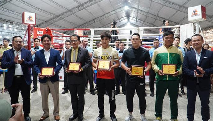 Nguyễn Trần Duy Nhất đưa đại quân đến tham dự giải vô địch Muay TP HCM 2020 - Ảnh 2.