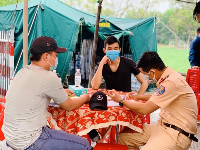 Khiếp với lịch trình 5 nữ bệnh nhân Covid-19 mới ở Quảng Nam - Ảnh 1.