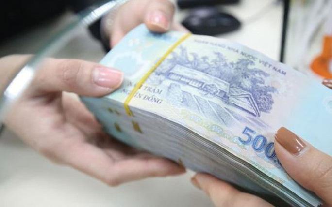 Lừa vay tiền đáo hạn, cán bộ ngân hàng lừa 2,3 tỉ đồng - Ảnh 1.