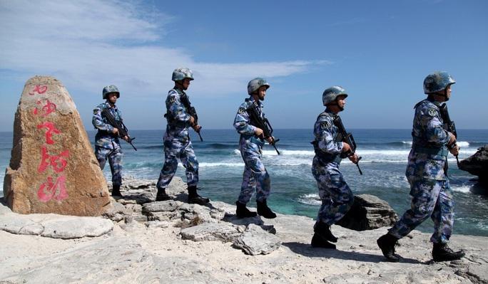 Trung Quốc ngang ngược gọi khu vực giữa Hải Nam - Hoàng Sa là vùng biển ven bờ - Ảnh 1.