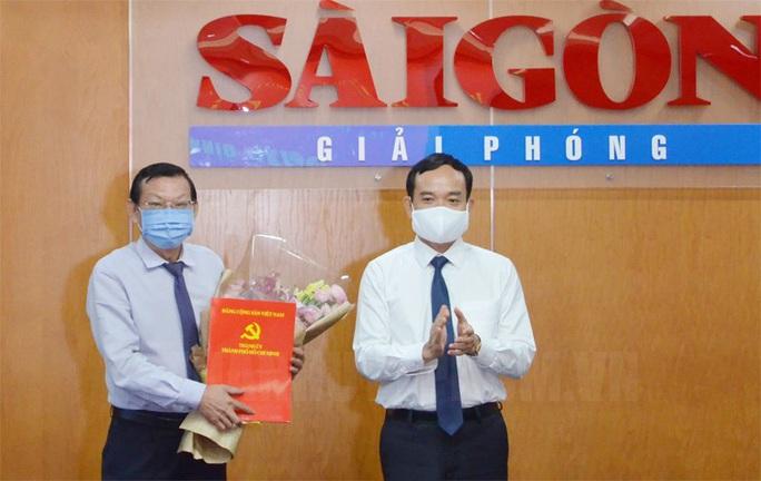Tổng Biên tập Báo Sài Gòn Giải Phóng đến nhận công tác tại UBND TP HCM - Ảnh 1.