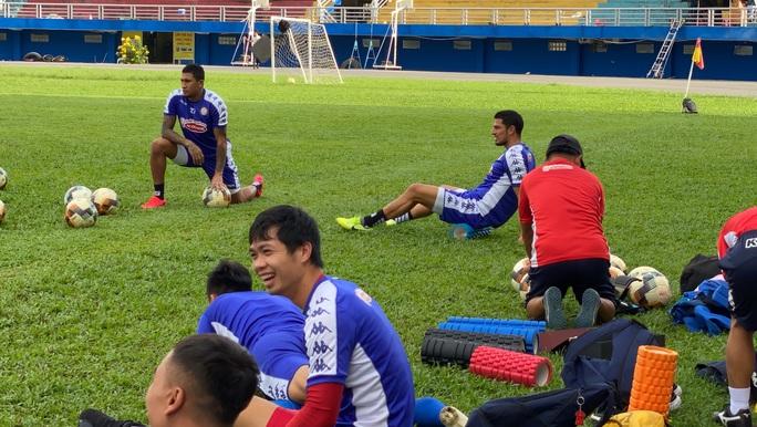 Công Phượng bỏ tập trong ngày CLB TP HCM ra mắt cặp tiền đạo triệu đô của đội tuyển Costa Rica - Ảnh 2.