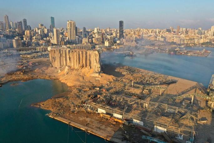 Vụ nổ cực lớn ở Lebanon thổi bay toàn bộ chính phủ - Ảnh 3.