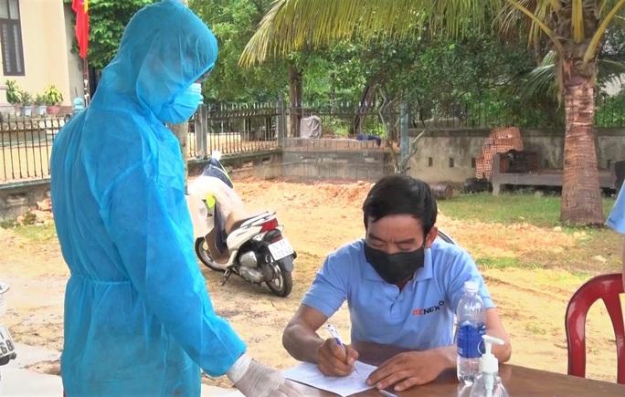 Lịch trình 2 ca mắc Covid-19 ở Quảng Trị: Đến nhiều phòng khám và đi khắp bệnh viện - Ảnh 1.