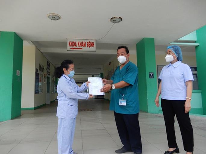 Đà Nẵng- Quảng Ngãi: Thêm 3 bệnh nhân Covid-19 xuất viện - Ảnh 2.