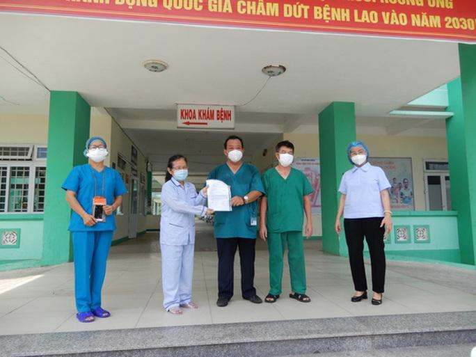 Đà Nẵng- Quảng Ngãi: Thêm 3 bệnh nhân Covid-19 xuất viện - Ảnh 3.