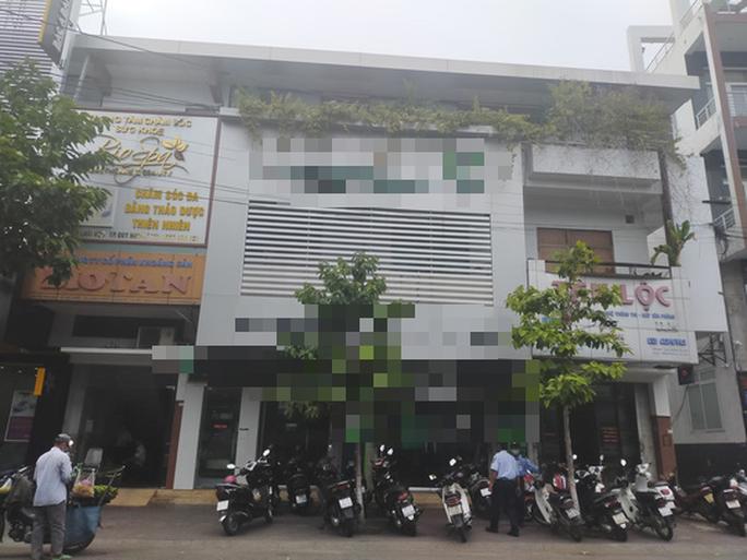 1 cán bộ ngân hàng ở Bình Định bị tố lừa đảo nhiều tỉ đồng - Ảnh 1.