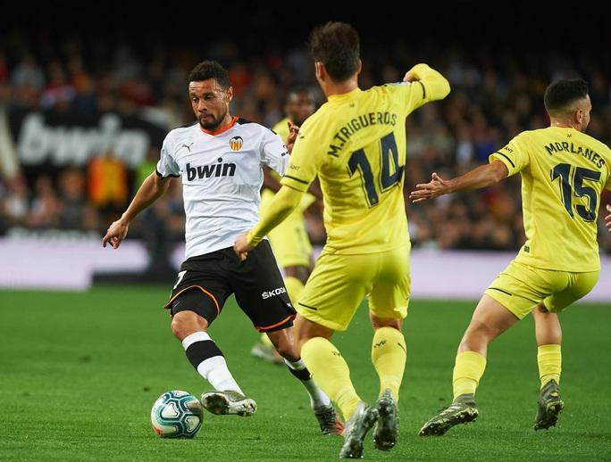 Cạn kiệt tài chính, cựu vương Valencia rao bán cả đội bóng La Liga - Ảnh 3.