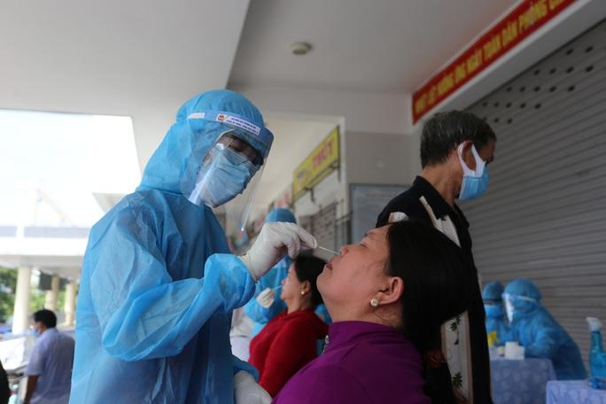 Lịch trình 2 ca Covid-19 mới ở Quảng Nam: Lây nhiễm từ người thân - Ảnh 1.