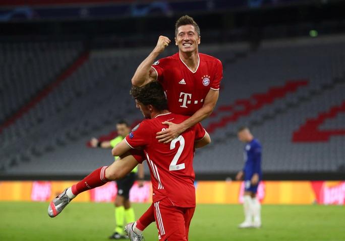 Bom xịt Real Madrid đá 10 trận giành 4 cúp, vô địch ở hai quốc gia - Ảnh 4.