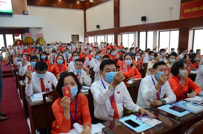 Ông Trương Quốc Lâm tái đắc cử Bí thư Quận ủy quận 11 - Ảnh 1.