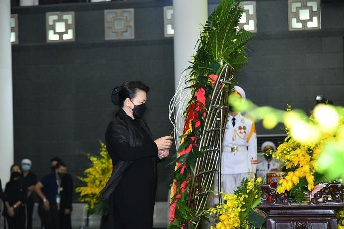 Thủ tướng Nguyễn Xuân Phúc, Chủ tịch QH Nguyễn Thị Kim Ngân viếng nguyên Tổng Bí thư Lê Khả Phiêu - Ảnh 29.