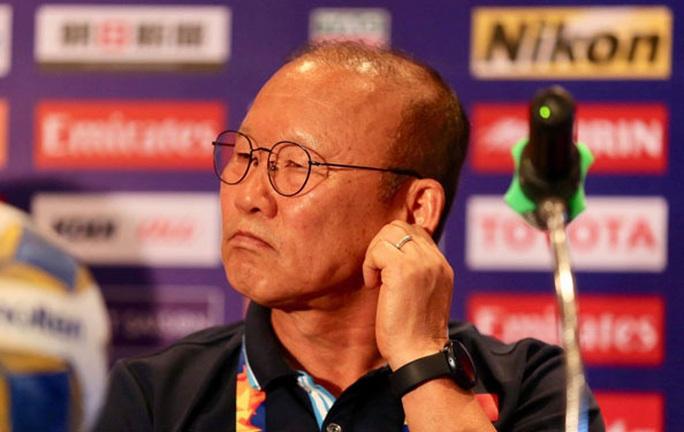 Chuyện giảm lương của HLV Park Hang-seo - Ảnh 1.