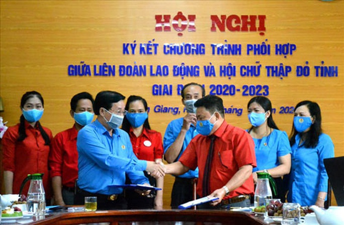 Kiên Giang: Phối hợp chăm lo đoàn viên - lao động - Ảnh 1.