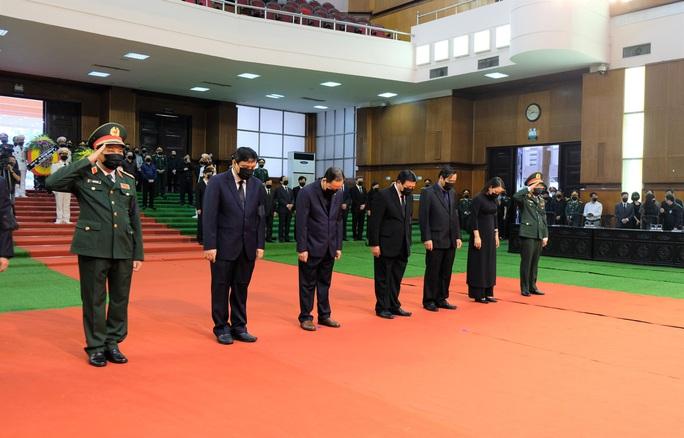 Hình ảnh Lễ viếng nguyên Tổng Bí thư Lê Khả Phiêu tại quê nhà - Ảnh 8.