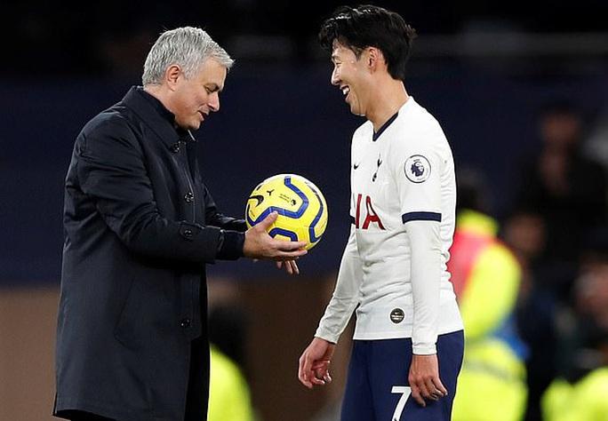 Siêu phẩm bàn thắng của Son Heung-min đẹp nhất mùa Ngoại hạng Anh - Ảnh 5.