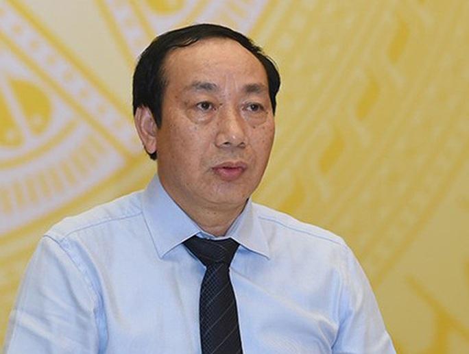 Ông Nguyễn Hồng Trường bị khởi tố, bắt tạm giam - Ảnh 1.