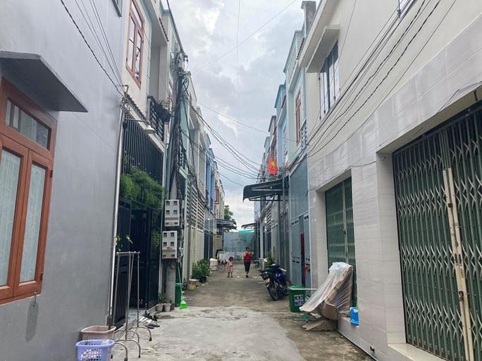Biên Hòa: 35 căn nhà liền kề xây trái phép tồn tại hơn 1 năm - Ảnh 1.