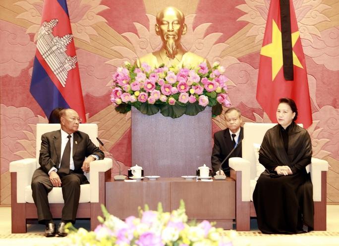 Việt Nam - Campuchia: Mãi mãi giữ gìn mối quan hệ láng giềng tốt đẹp, bền vững - Ảnh 1.