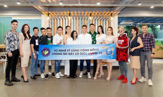 Giải mã đội bóng chiêu mộ được tiền đạo Nguyễn Tiến Linh - Ảnh 4.