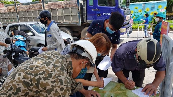 Hải Dương lập các tổ, đội giám sát cách ly, theo dõi sức khỏe người dân tại cộng đồng - Ảnh 1.