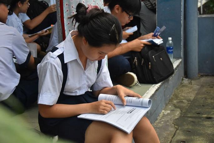 Trường ngoài công lập chật vật tuyển sinh lớp 10 - Ảnh 1.