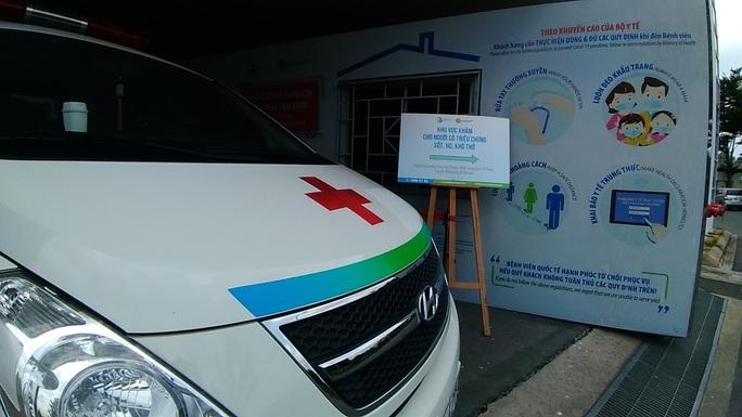 TP HCM: Thêm hàng trăm người về từ Đà Nẵng khai báo y tế - Ảnh 1.