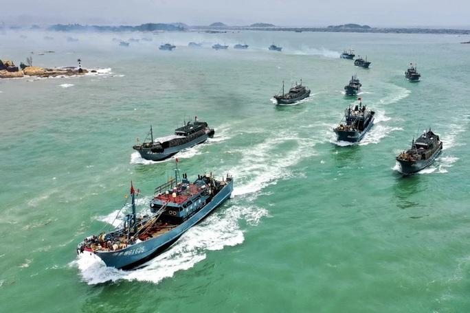 Tàu cá Trung Quốc được lệnh tránh xa Senkaku/Điếu Ngư? - Ảnh 1.