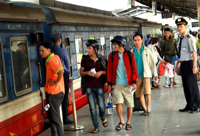 NÓNG: Tạm dừng chạy đôi tàu SE5/SE6 tuyến TP HCM - Hà Nội từ ngày 17-8 - Ảnh 1.