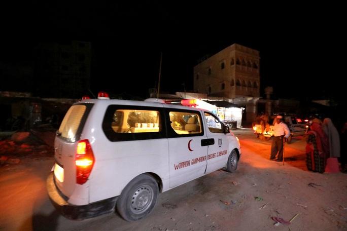 Somalia: Gặp họa sát thân khi đang dùng bữa ở khách sạn hạng sang - Ảnh 2.